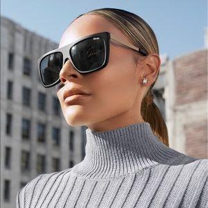 Quay OTL II x Desi Perkins sunglasses